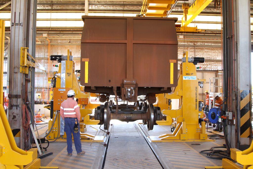 Self Locking Nut >> Railway Jacks - Vector Lifting Vector Lifting
